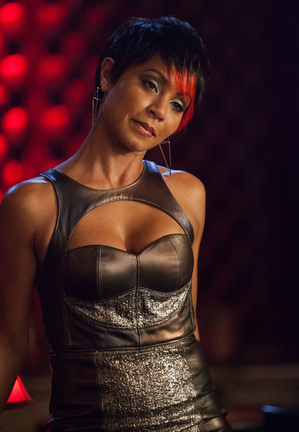 Gotham-ep111_scn17_18539_preview