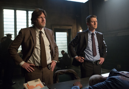 Gotham-ep113_scn6_20925_preview