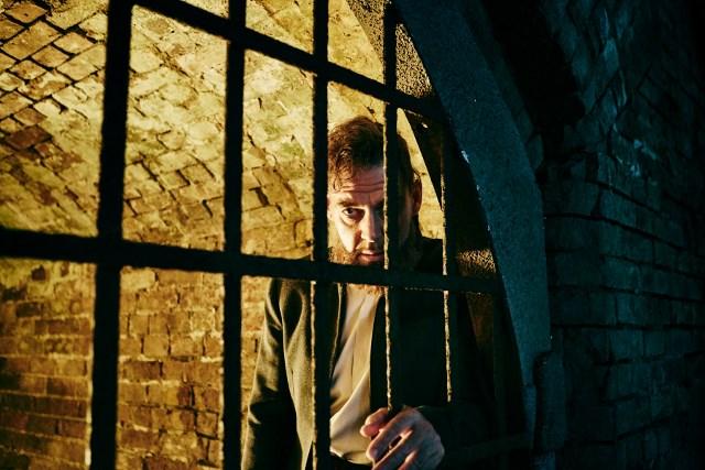 Marton Csokas as Quinn - Into the Badlands _ Season 1, Episode 5 - Photo Credit: James Minchin III/AMC
