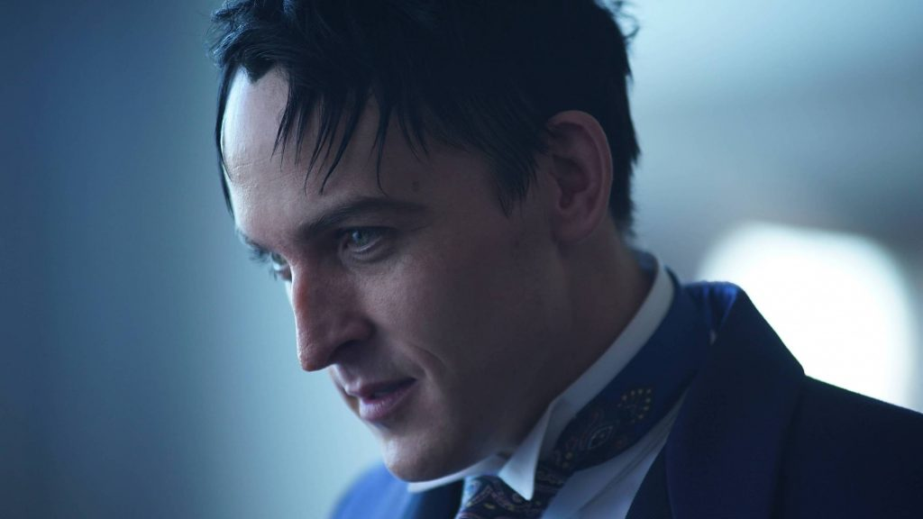 GOTHAM: Robin Lord Taylor in the ÒMad City: Follow the White RabbitÓ episode of GOTHAM airing Monday, Oct. 24 (8:00-9:01 PM ET/PT) on FOX. ©2016 Fox Broadcasting Co. Cr: Nicole Rivelli/FOX.
