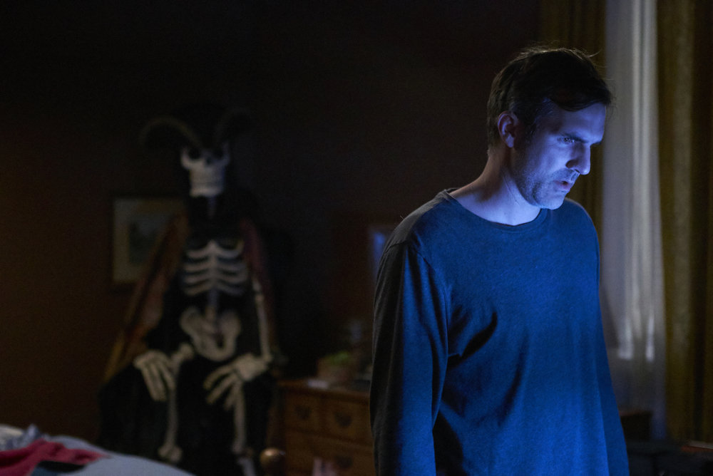 "CHANNEL ZERO: CANDLE COVE -- ""You Have To Go Inside"" Episode 101 -- Pictured: Paul Schneider as Mike Painter -- (Photo by: Allen Fraser/Syfy)"
