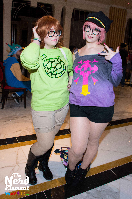 Hina Araki & Mika Jougasaki - THE iDOLM@STER: Cinderella Girls Cosplayers: @lulukohime (twitter) & @omgitsbarri (twitter)