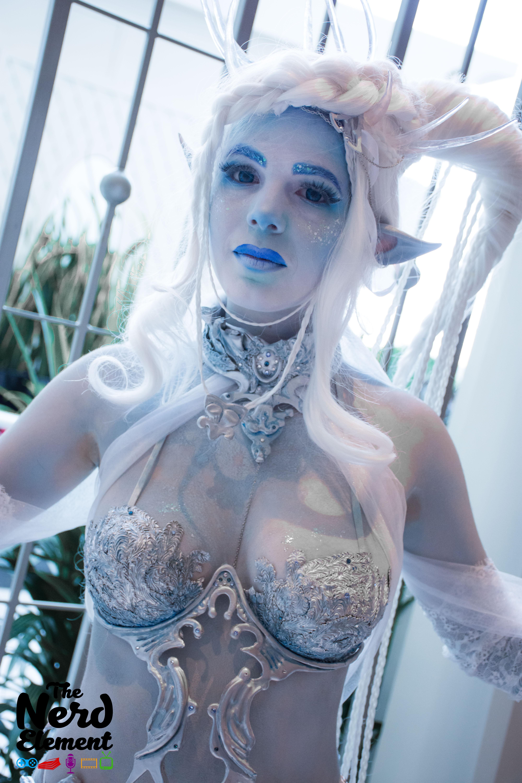 Shiva - Final Fantasy XV Cosplayer: @bastetcg (ig)