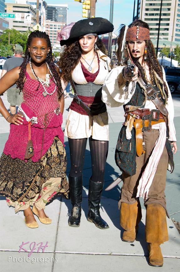 Tia Dalma, Elizabeth Swan, and Jack Sparrow