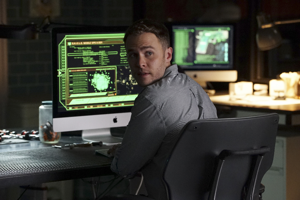 """MARVEL'S AGENTS OF S.H.I.E.L.D. - """"Bouncing Back"""" -TUESDAY, MARCH 8 (9:00-10:00 p.m. EST) on the ABC Television Network. (ABC/Eric McCandless) IAIN DE CAESTECKER"""