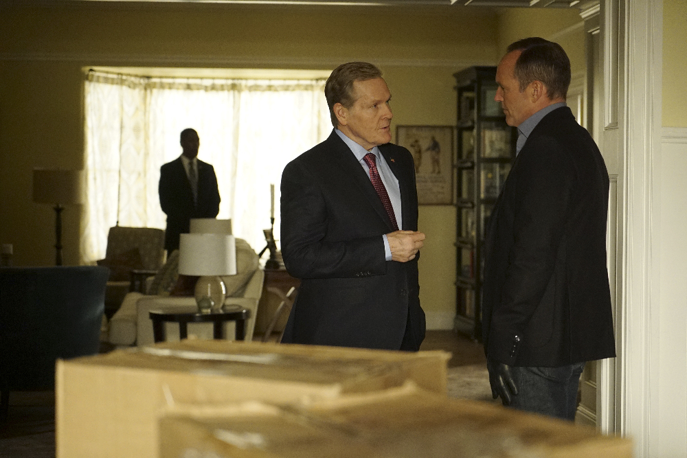 """MARVEL'S AGENTS OF S.H.I.E.L.D. - """"Bouncing Back"""" -TUESDAY, MARCH 8 (9:00-10:00 p.m. EST) on the ABC Television Network. (ABC/Eric McCandless) WILLIAM SADLER, CLARK GREGG"""