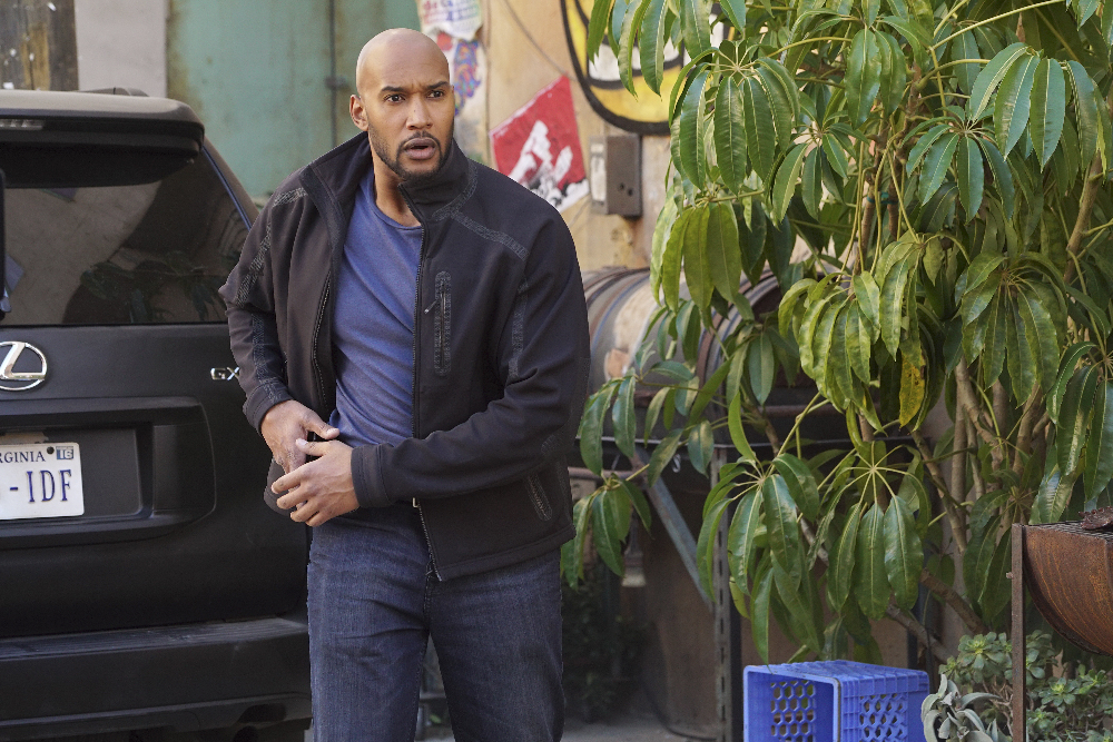 """MARVEL'S AGENTS OF S.H.I.E.L.D. - """"Bouncing Back"""" -TUESDAY, MARCH 8 (9:00-10:00 p.m. EST) on the ABC Television Network. (ABC/Eric McCandless) HENRY SIMMONS"""