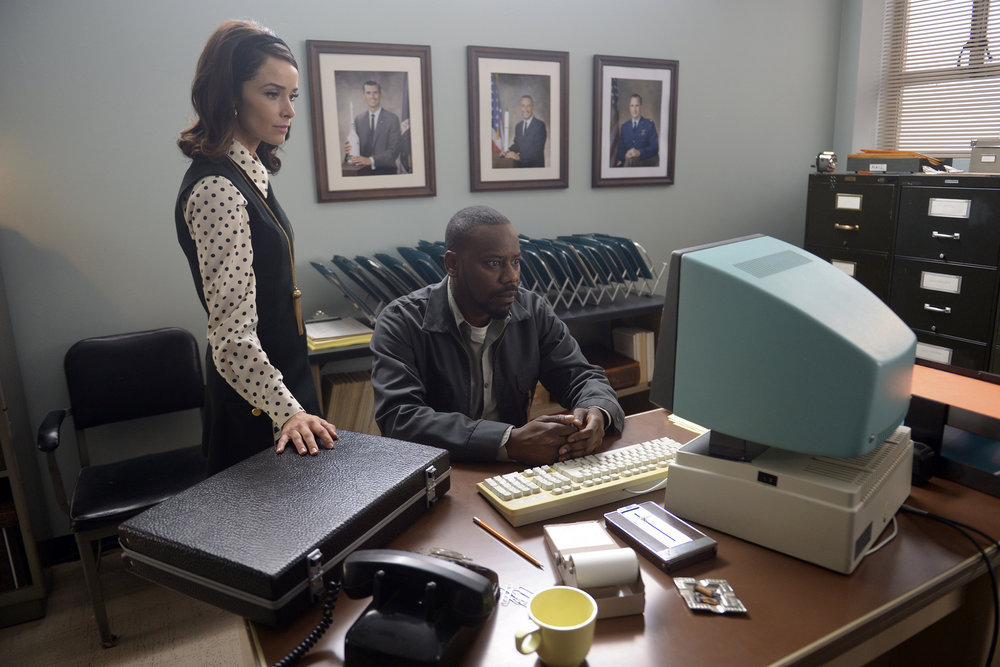 """TIMELESS -- """"Space Race"""" Episode 107 -- Pictured: (l-r) Abigail Spener as Lucy Preston, Malcolm Barrett as Rufus Carlin -- (Photo by: Sergei Bachlakov/NBC)"""