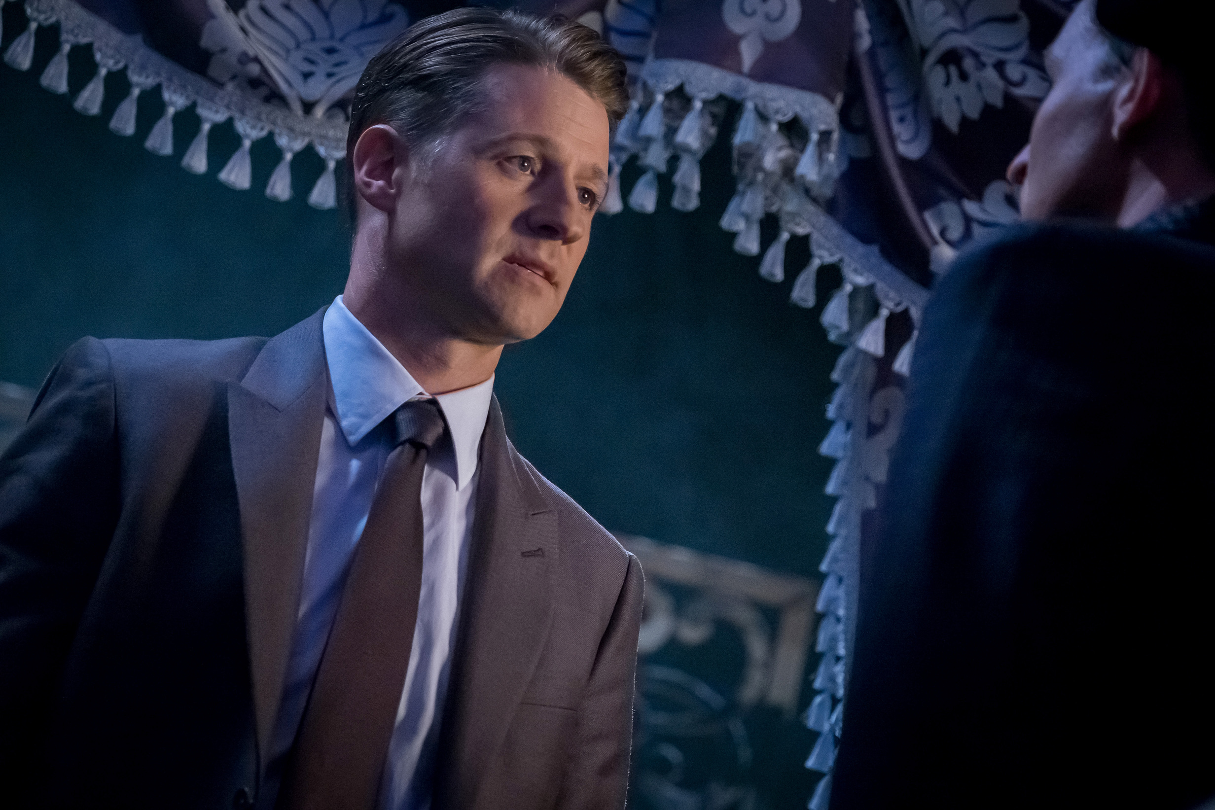 "Ben McKenzie in the ""Pax Penguina"" season premiere episode of GOTHAM  ©2017 Fox Broadcasting Co. Cr: Jeff Neumann/FOX."