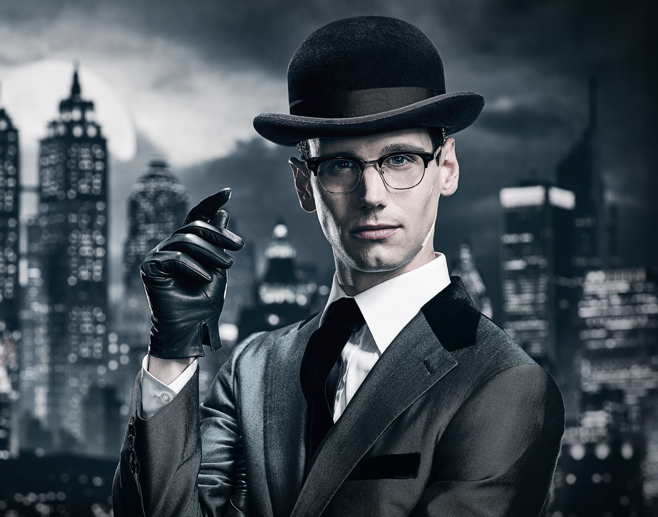 GOTHAM: Cory Michael Smith ©2017 Fox Broadcasting Co. Cr: TOMMY GARCIA / FOX