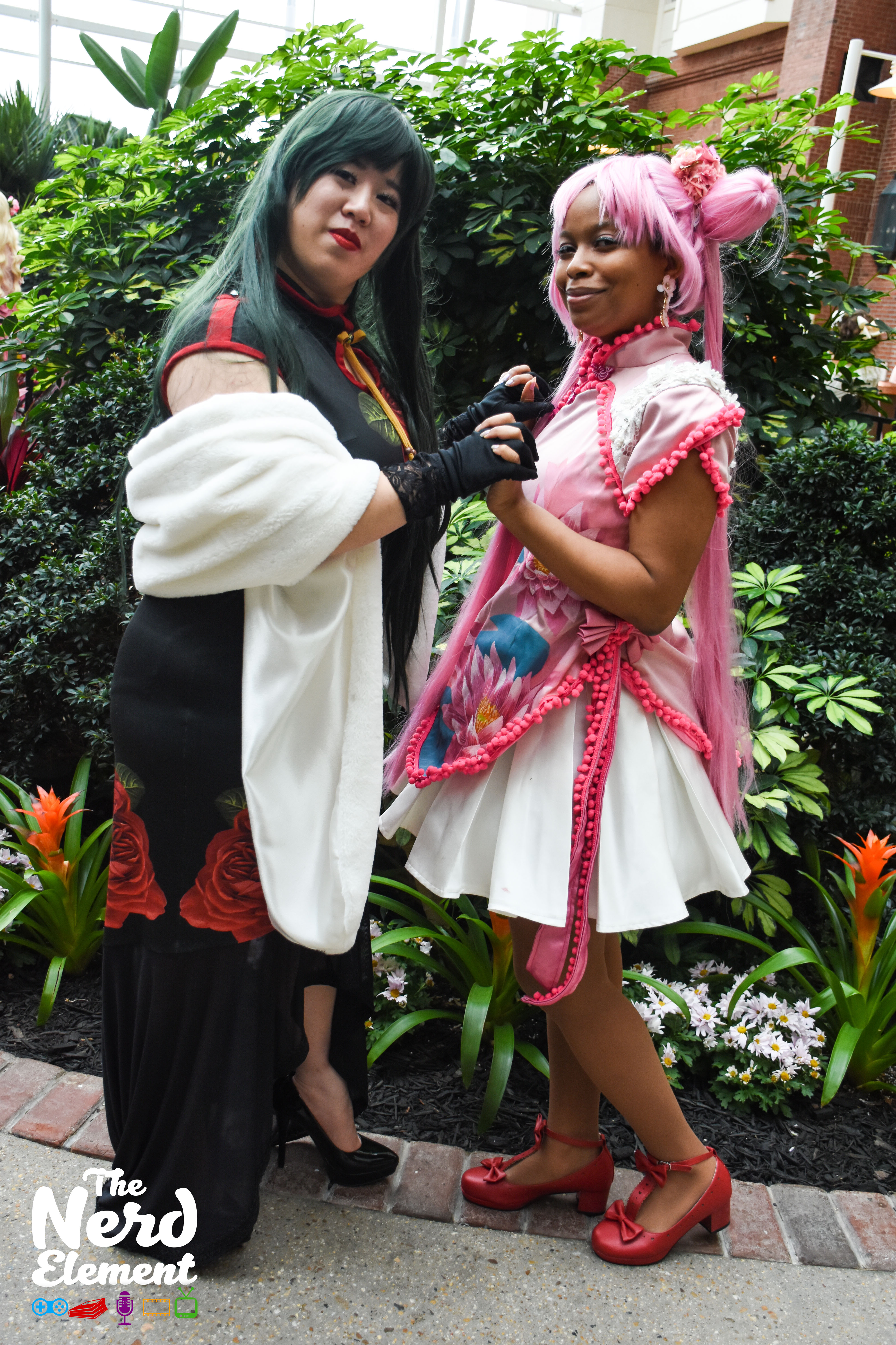 Sailor Pluto and Sailor Chibi Moon Cosplayers: zhennnie (ig) and silvercrescentcosplay (ig)