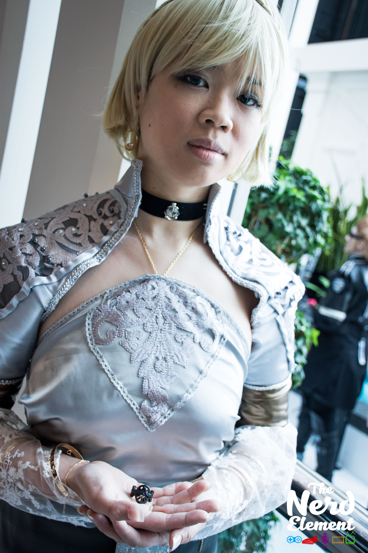 Lunafreya (Kingsglaive attire) - Final Fantasy XV Cosplayer: @sodoshi (ig)