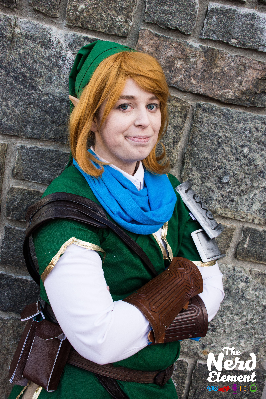 Link - Legend of Zelda Cosplayer: deimoscosplay (ig)