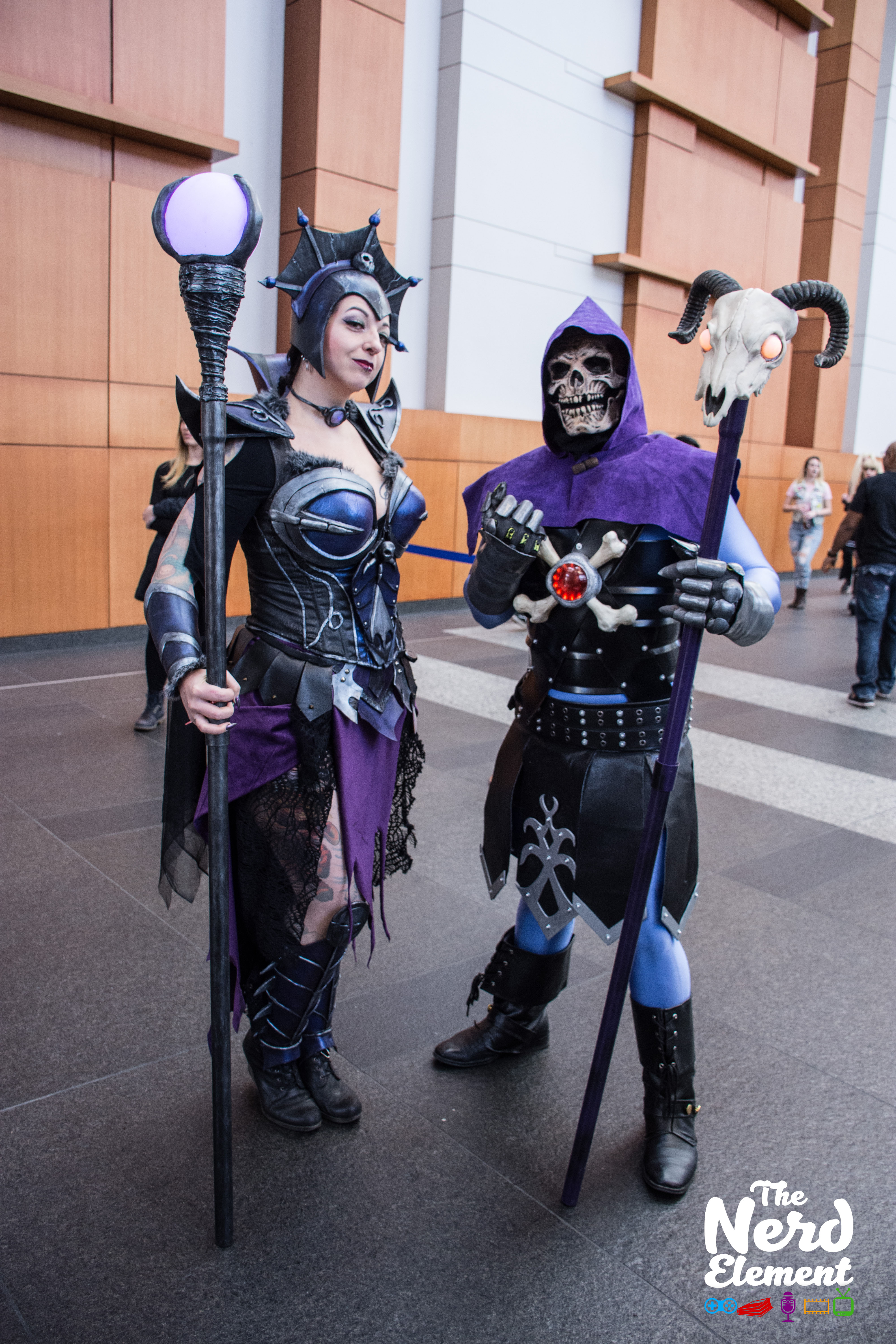 Evil-Lyn and Skeletor - He-Man: Masters of the Universe Cosplayers: Drachynn (ig) and Jonathan.zeppa.film.n.music (ig)